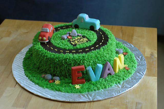 Car Cake Designs For Birthday Boy : Two Cute Car Cakes Cakes by Caralin