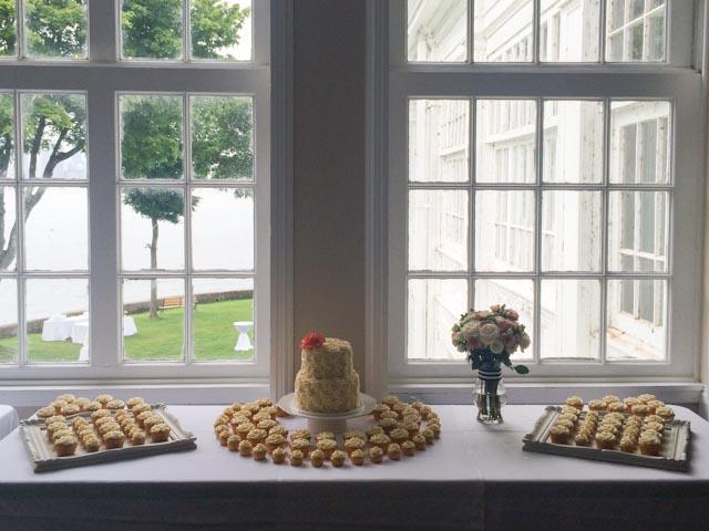Rosette-wedding-cake-3