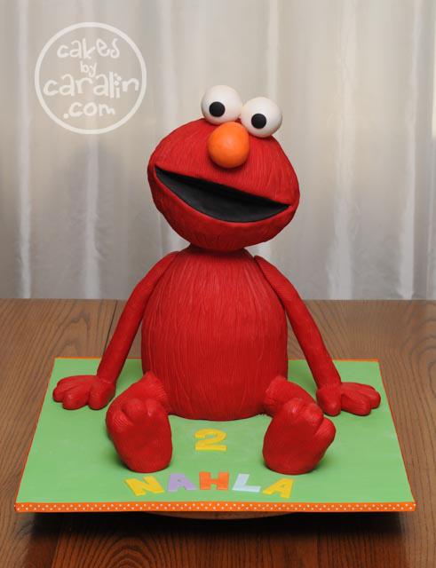 3D sculpted Elmo cake
