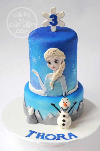 Disney Frozen cake with Elsa and Olaf